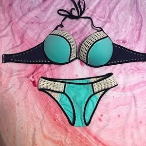 VS surf crochet bikini